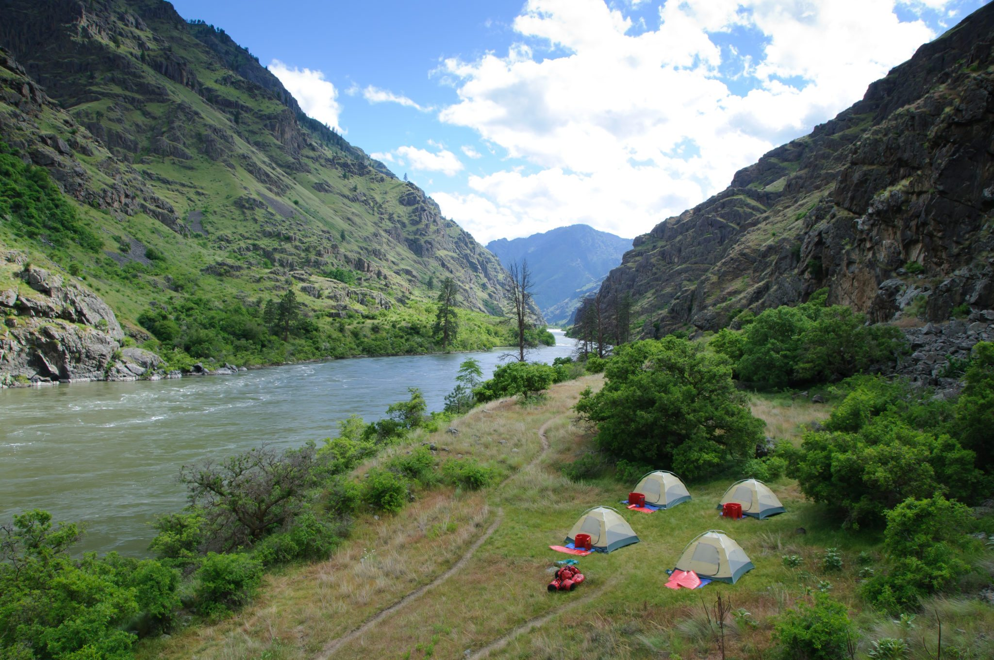 When is the best time to visit Hells Canyon?